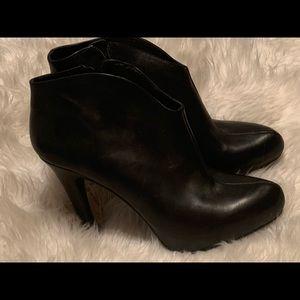 Jessica Simpson highheel booties